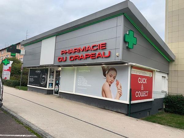 devanture de la pharmacie